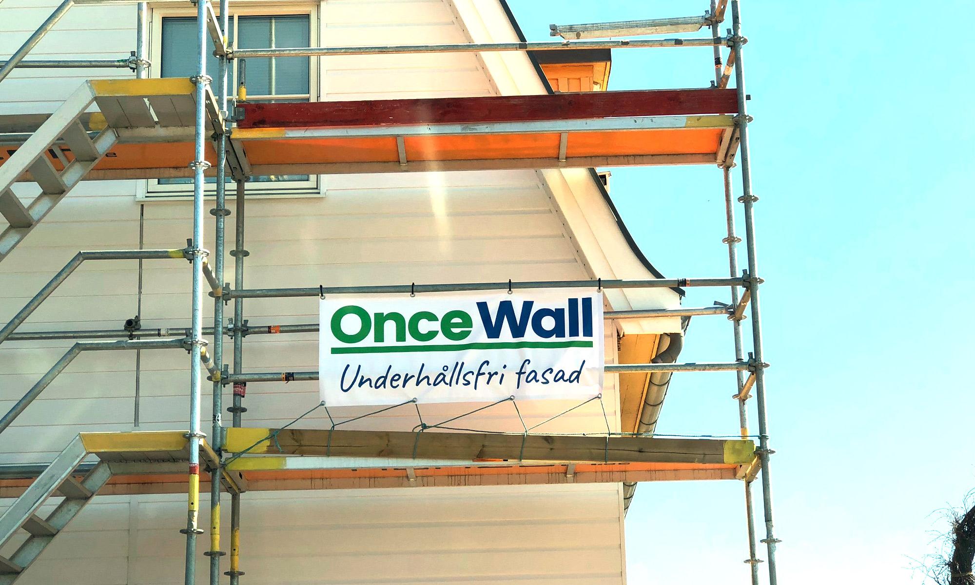 OnceWall banderoll på ställning